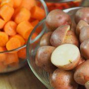 recept winterwortelen stoofpot met gerookte amandelen op Vegetarisch Weekmenu