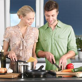 Deel je zelf bereide gerecht blij gelukkig t Vegetarisch Weekmenu