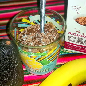 Chocolade pudding nagerecht banaan avocado