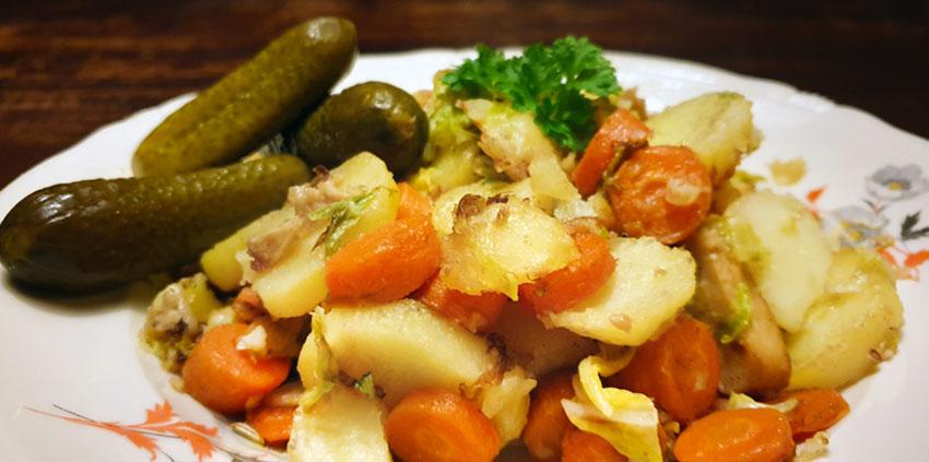 Hutspot recept van winterwortel, aardappel, chinese kool