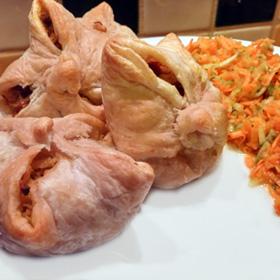 Bladerdeegpakje zongedroogde tomaten is een vegetarisch recept in het weekmenu