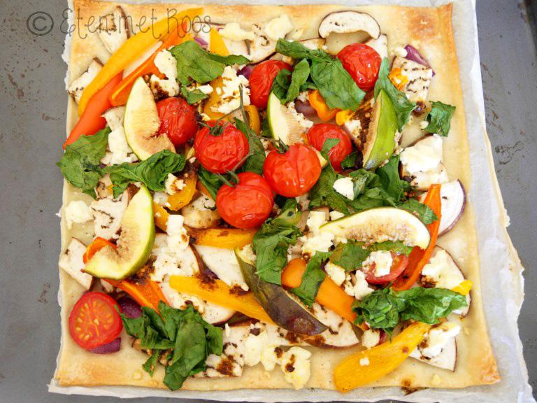 Flammkuchen recept zonder vlees uit de Elzas van Rozemarijn van Loef op Vegetarisch Weekmenu
