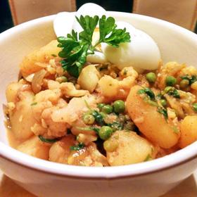 Stoofpot massala recept op Vegetarisch Weekmenu met aardappel en bloemkool