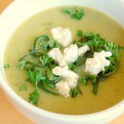 Courgettesoep recept met knoflook en geitenkaas op Vegetarisch Weekmenu
