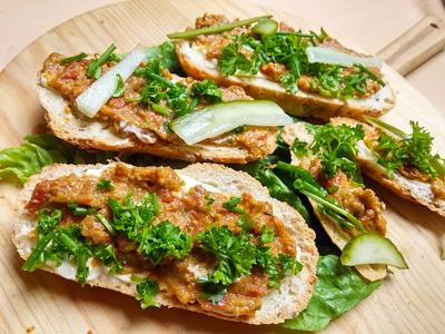 DIY recept broodbeleg van zongedroogde tomaten Vegetarisch Weekmenu