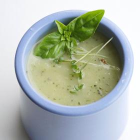 Courgettesoep: vegetarisch soep recept met basilicum