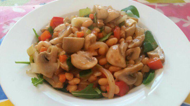 Vegetarische smul bonenschotel van Marc Paul Rosier recept op Vegetarisch Weekmenu