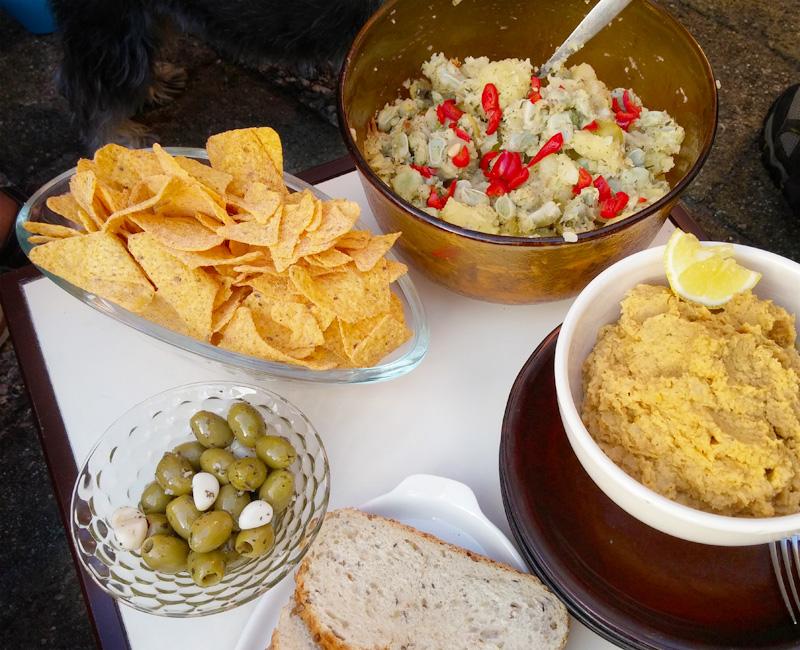 Tuinbonen aardappelsalade recept voor BBQ of picknick Vegetarisch Weekmenu