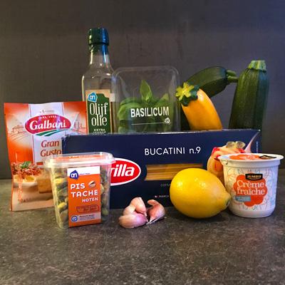 Bucatini met courgette recept ingrediënten op Vegetarisch Weekmenu