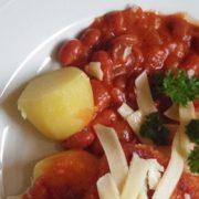 Chili-bonen-schnitzel-aardappelen-vegetarisch-weekmenu