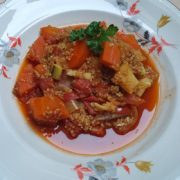 Rode stoofpot couscous recept op Vegetarisch Weekmenu