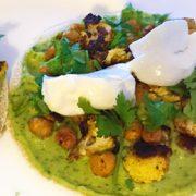 Geroosterde groenten kikkererwten pita gerecht Vegetarisch Weekmenu