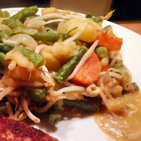 Taugé groente stoof gerecht tauge cajun kruiden kokosmelk op Vegetarisch Weekmenu