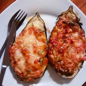 Gevulde aubergine hoofdgerecht kappertjes kaas Vegetarisch Weekmenu