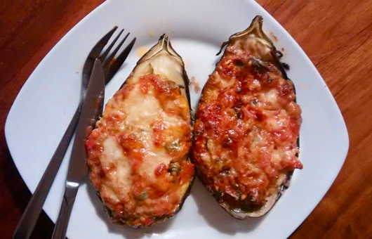Gevulde aubergine recept Wouter tomaten hoofdmaaltijd Vegetarisch Weekmenu