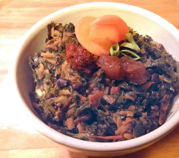 Boerenkool met zwarte bonen Nationale week zonder vlees recept Vegetarisch Weekmenu