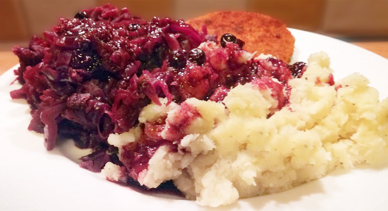 Rode kool Kerst recept hoofdgerecht  zwarte bessensaus Vegetarisch Weekmenu