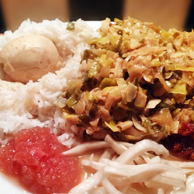 Fris gekruide prei roerbakken veggie recepten ei rijst vegetarisch weekmenu