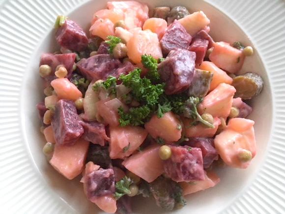Rode bieten salade huzaren familie recept de Bruijn Vegetarisch Weekmenu