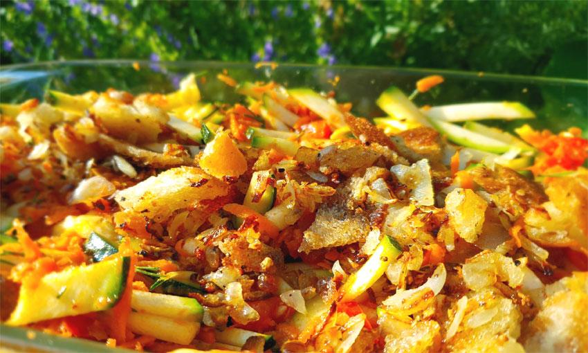 Courgette maaltijdsalade recept vegan rauwe tomaten tapenade Vegetarisch Weekmenu