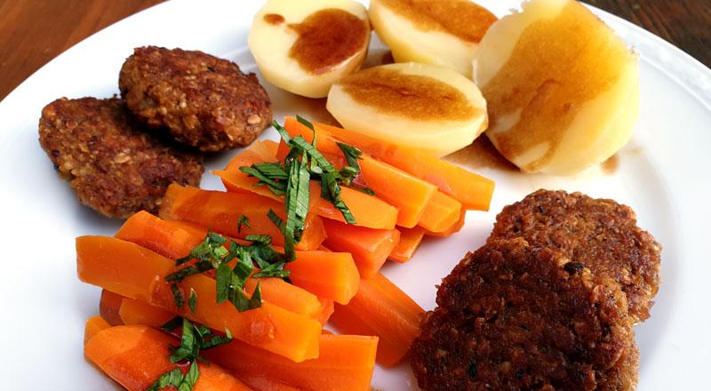 Goedkope graanburgers recept van oud brood met wortel