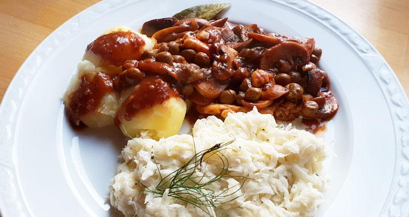 Vegetarische stroganoff koolrabi salade veldertjes aardappel recept Vegetarisch Weekmenu