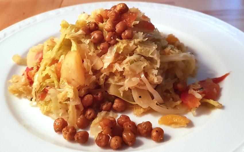 Savooiekool stoof met geroosterde kikkererwten recept vegan vegetarisch weekmenu