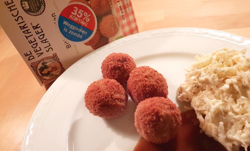 Vegetarische Slager bitterballen knolselderijsalade zaterdaghap vegan Vegetarisch Weekmenu