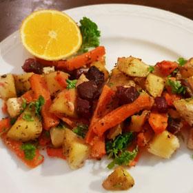 Groenten uit de oven hoofdmaaltijd aardappelen vegan vegetarisch weekmenu