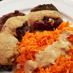 Wortelsla recept vegan DIY burgers noten saus vegetarisch