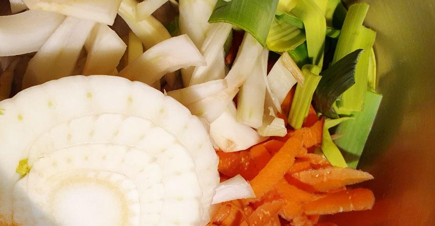 Venkel wortel stoofpotje recept nofoodwaste venkelsoep vegan vegetarisch