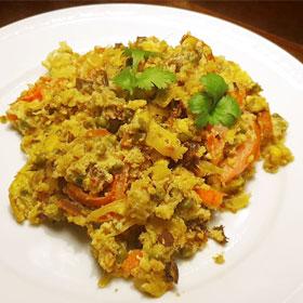 Met restjes eten koken gebakken ei nofoodwaste vegetarisch