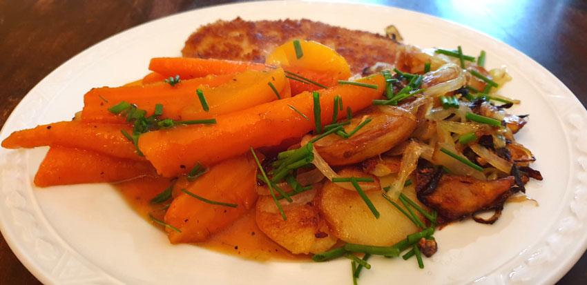Bospeen in perzik saus met gebakken krieltjes Vegetarisch Weekmenu