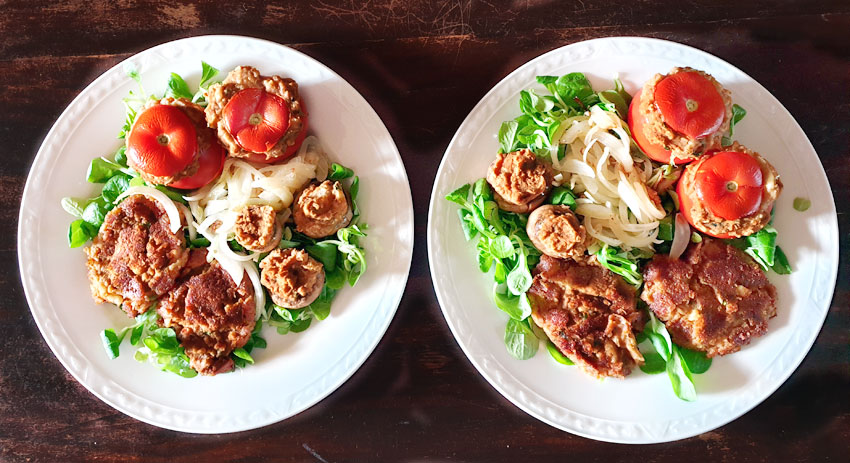 gerst en witte bonen gevulde tomaten en champignons vegetarisch