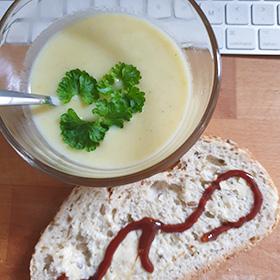 Aardappelsoep recept met paddenstoelen bouillon vegetarisch